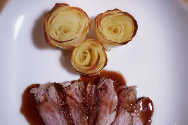 Tataki d'agneau, sauce sucrée-salée